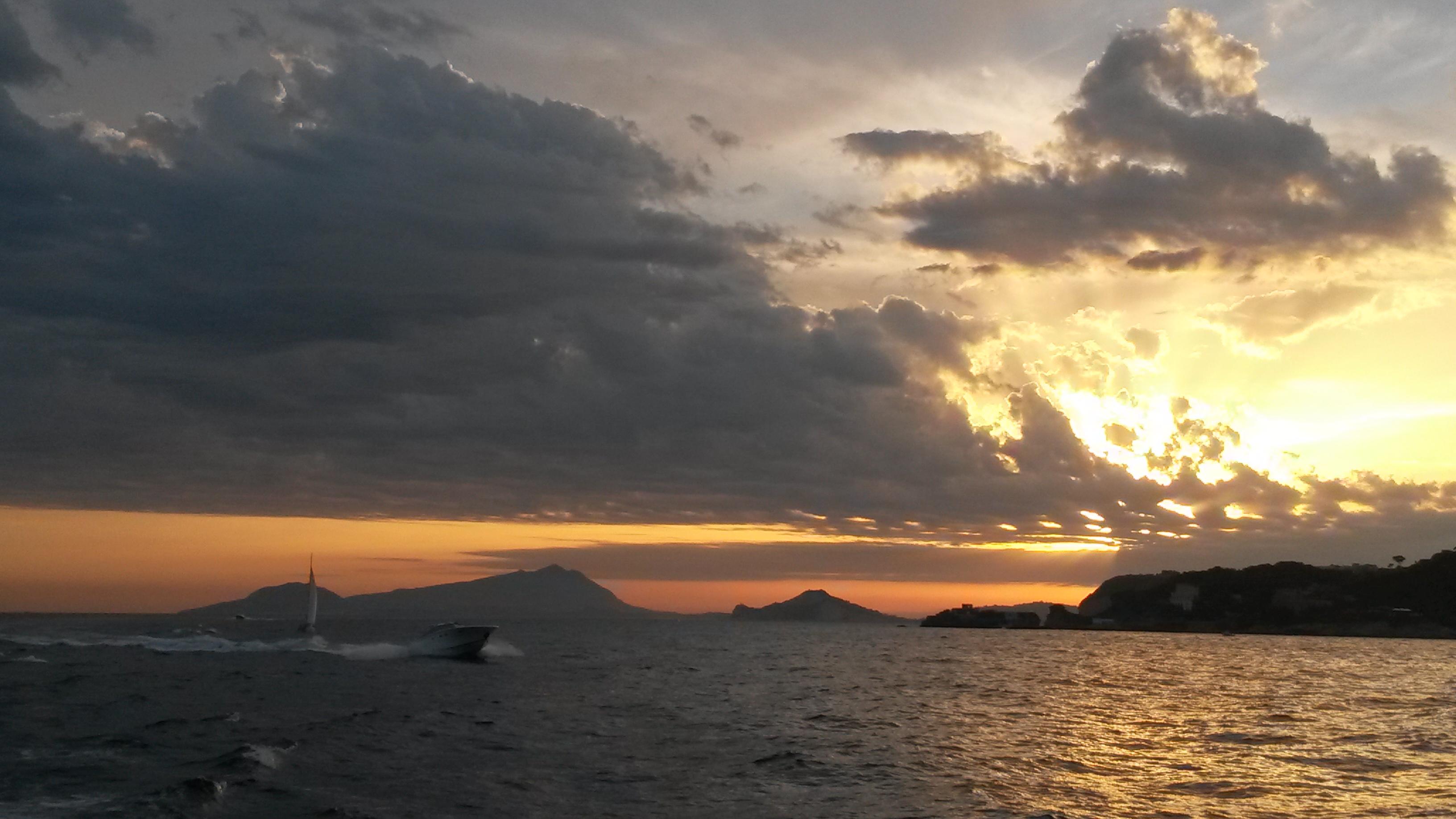 Napoli dal mare